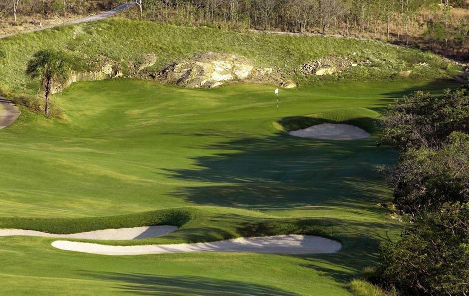 Hole one - Hamilton Island Golf Club