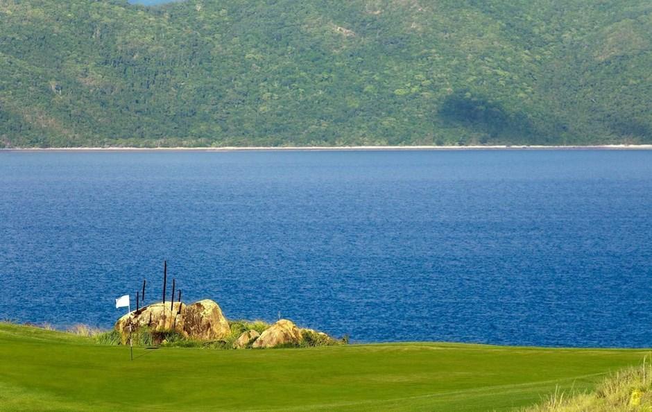 Hole 4 - Hamilton Island Golf Club