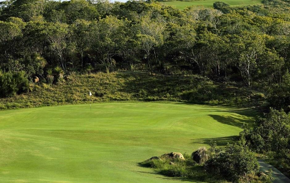Hole 8 - Hamilton Island Golf Club