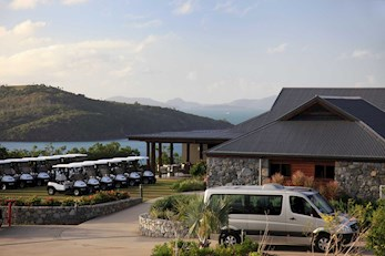 Have a relaxing breakfast at the Clubhouse on Dent Island - Hamilton Island golf holidays