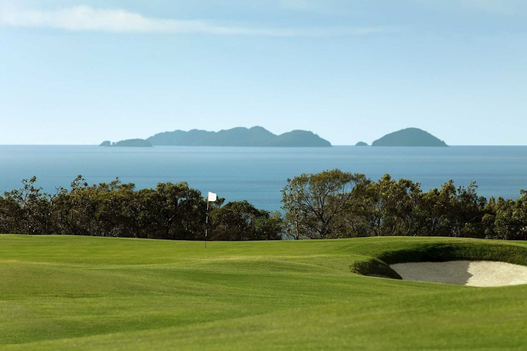 Golf Course Hole 13 Dent Island - Hamilton Island golf holidays