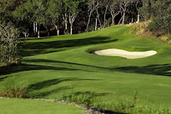 Golf Course Hole 2 Dent Island - Hamilton Island golf holidays
